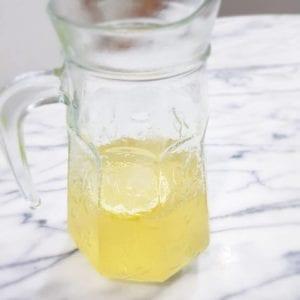 レモン味のスポーツドリンク